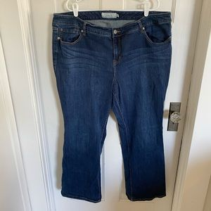 Torrid relaxed bootcut jeans size 24R